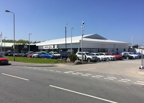 Mini Dealership Llandundo Junction